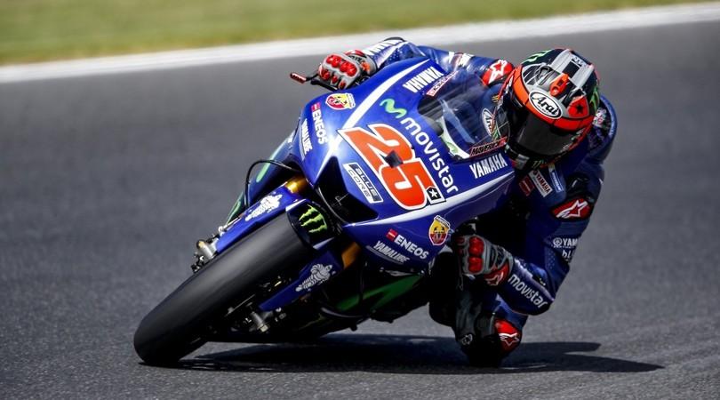 MotoGP Aragon, Vinales in pole ma Rossi è terzo