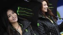 Sexy MotoGP: le umbrella girls dagli