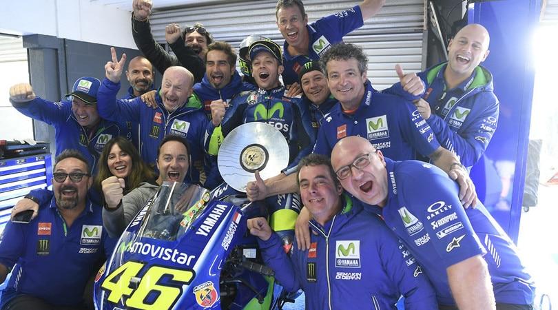 Sepang, la MotoGP ricorda Simoncelli. Rossi: