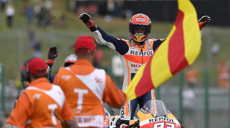 Gp di Malesia, trionfo Dovizioso, Marquez quarto: Mondiale aperto. Settimo Rossi