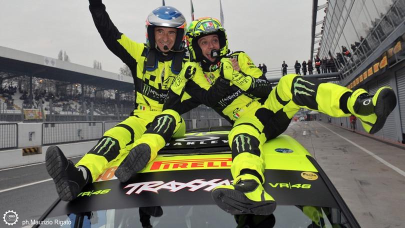 Valentino Rossi scalda i motori per il Monza Rally Show