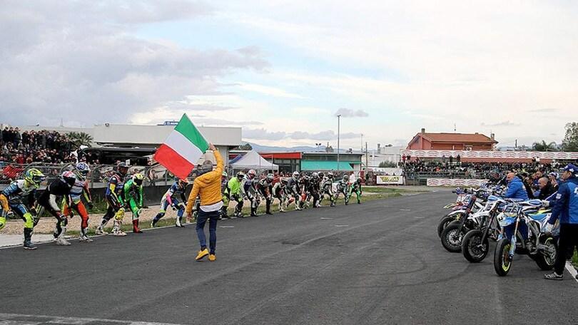 Circuito Internazionale Il Sagittario : Corsi e taccini vincono il sic supermoto day motosprint