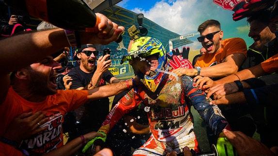 MXGP: La stagione trionfale di Tony Cairoli