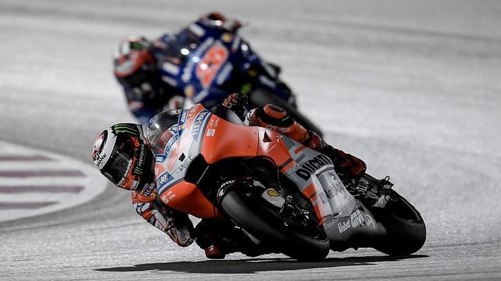 MotoGP Qatar, Lorenzo: 'Problema ai freni e mi sono lasciato cadere'