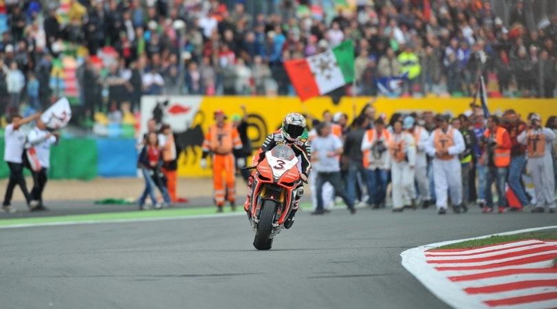Superbike, Magny-Cours: gara, doppietta e titolo per Jonathan Rea