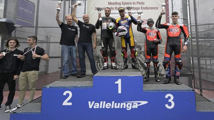 Moto Guzzi Fast Endurance show a Vallelunga