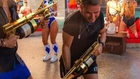 Jorge Lorenzo battaglia a suon di spruzzi di champagne - VIDEO