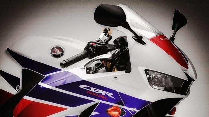 Honda CBR600RR: novità per il 2021