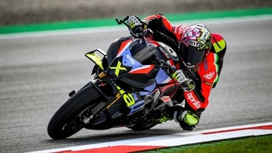 Mamma che Aprilia: ecco la Tuono V4 X con tecnologia da MotoGP
