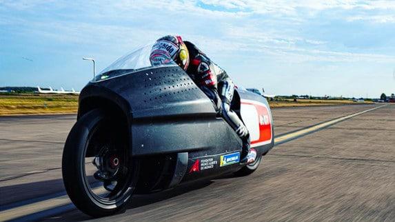Max Biaggi punta a 12 record mondiali con la Voxan - VIDEO