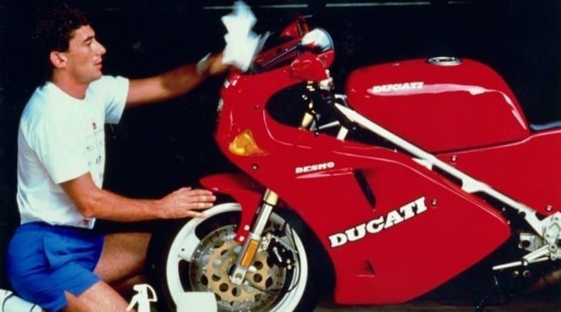 Ayrton Senna: oltre la Formula 1, la passione per le moto