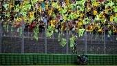 MotoGP, Misano si tinge di giallo: 10 mila spettatori in più per Vale