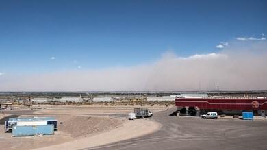 SBK: tempesta di sabbia su San Juan, attimi di tensione nel paddock - VIDEO