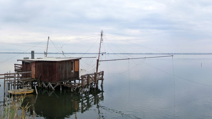 Giri e Gare: in direzione Pomposa, circondati dall'acqua